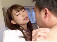 【エロ動画】美少女Jkがキモオヤジのチンコをフェラして玩具で責められそのまま69へ移行し騎乗位SEXでねっちり絡む!