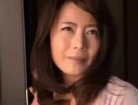 【エロ動画】友達の母親がエロ過ぎて童貞チンポが爆発しそう!エロ巨乳の誘惑に勝てるはずもなく友達が居ない間にセックスだ!