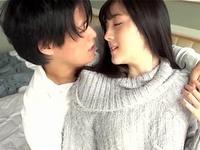 【エロ動画】イケメン彼氏とホテルでラブセックス♡「やぁ、恥ずかしい…」と言いながらもおマンコは濡れ濡れだぞ