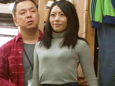 【エロ動画】気持ちいいのに声もあげられない!?マネキンになった桜井あゆの身体を好き放題撫で回し、こってりザーメンをお口に発射!