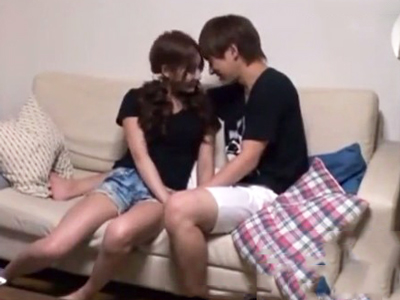【エロ動画】巨乳彼女のプレイベートセックスを盗撮!明日花キララがおマンコを舐められてガチイキしてしまう様子を隠しカメラが捉えた!