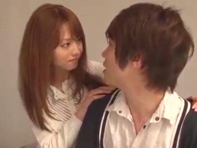 【エロ動画】吉沢明歩の巨乳を揉んでいちゃラブ生ハメセックス!乳首をしゃぶっておっぱいを揉んで、下着を脱がしてフェラチオをして貰う。ドスケベな子宮を種付けプレスで押しつぶしながら、最後はおっぱいにザーメンをぶっかけるぞ