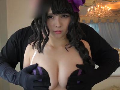 【エロ動画】童貞キラー・エルザ(RE:ゼロ)の衣装を着た巨乳レイヤーとこってり生ハメ!一生懸命パイズリご奉仕してくれたので、お礼にザーメンをナカでとろぉり