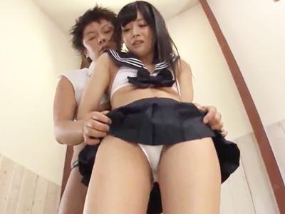 【エロ動画】下乳見放題の改造セーラー服を着る事になったJKとラブラブセックス。水着みたいなエッチな姿でおマンコを食い込ませる彼女達。陰毛マンコに挿入されて、ザーメンを中出しされて絶頂する姿が堪らん