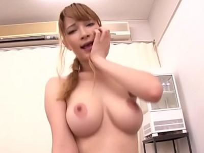 【エロ動画】巨乳ハイレグお姉さんティアとの淫語セックス!勃起チンポをフェラチオ・手コキしている時にクンニを要求されたので、着衣のまま布をずらしてピストン開始!