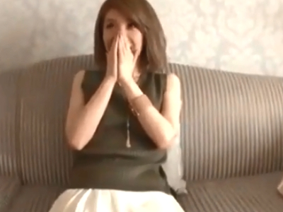 【エロ動画】可愛い淫乱ビッチギャルをナンパしてハメ撮りセックス!恥ずかしそうにフェラチオ・手コキするくせに、濃厚ザーメンを発射したらごっくんする痴女だった・・・