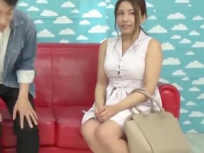 【エロ動画】初体験、オブザ筆おろし!巨乳美女がモテない童貞君にフェラや手コキやパイズリをしてあげて、母性を発揮して初めてのセックスを成功体験に導いてくれる!