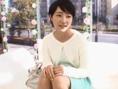 【エロ動画】ナンパした美乳JDをMM号に連れ込みエロいインタビュー→生チンポを挿入し、激しいピストンからの濃厚顔射!