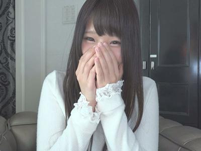 【エロ動画】ウブな印象の美少女JDがオヤジチンポにハメ撮り&中出しされて大興奮!それでも足りず、プレイ後にローターオナニーまで披露する!