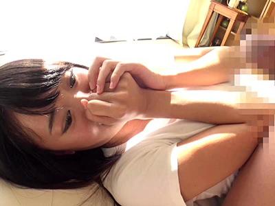 【エロ動画】可愛いスレンダー女子大生をナンパしてディープキス・素股だけと騙しチンポを挿入するハメ撮りセックス!騎乗位・正常位で抵抗できないほどに突きまくり無許可で中出し種付け!