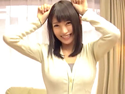 【エロ動画】可愛い巨乳美少女をナンパしてハメ撮りセックス…フェラチオする顔を見るだけ素股だけと言いながら膣穴に肉棒をぶち込み騎乗位・正常位で濃厚ザーメンを中出し種付け