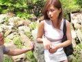 【エロ動画】ノーブラを恥ずかしがって逃げる人妻を追いかけて押し倒したら…ヌレヌレおマンコを他人棒で突きまくるNTR野外ファック!