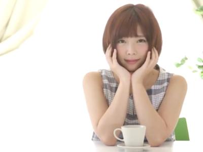 【エロ動画】ねっとりフェラと手コキの3Pで興奮しちゃう紗倉まなは、デカチンで小刻みピストンされてうっとりしながら感じっぱなし!