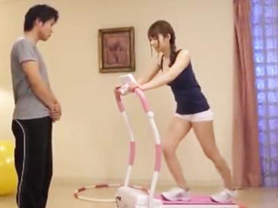 【エロ動画】スポコスがえちえちな巨乳お姉さんとエッチな運動で汗をかく…バックから激しく腰を打ち付けて、乳揺れしまくりの身体にザーメンぶっかけ!
