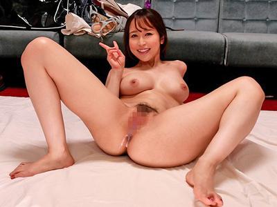 【エロ動画】女子高生コスプレ篠田ゆうのパイズリ・フェラチオ・手コキを我慢したら中出し種付けゲット!最後は巨乳を乳揺れしながら騎乗位で痴女られまくり精子が大量射精