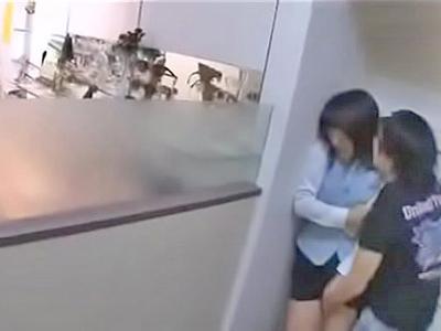 【エロ動画】大人しそうな巨乳店員を接客中にレイプする鬼畜男…勃起チンポをフェラチオ・手コキ・イマラチオで刺激させバックでピストンしてザーメンを顔射ぶっかけ