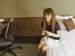 【エロ動画】スレンダーな素人妻をホテルに連れ込み寝取られハメ撮り…フェラチオ・手コキで肉棒をご奉仕させ途中でストップを要求されるも正常位・騎乗位でザーメンを強制中出し