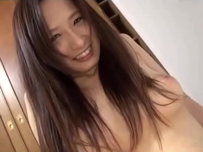 【エロ動画】ビッチみたいな外見なのに実は清楚!?そんな巨乳美女を愛撫して発情させて、もっさり陰毛おマンコをズボズボファック!