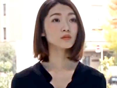 【エロ動画】女子アナを目指す貧乳JDをMM号ではめ倒す!激しい手マンでぐしょ濡れになったおマンコにチンポを挿れて鬼ピストン!!