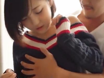 【エロ動画】濃厚な愛撫やフェラに、じっくりピストンに興奮必至!清楚なショートヘア美少女と彼氏のイチャラブセックス!