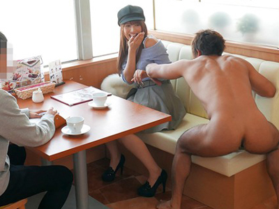 【エロ動画】打ち合わせ中だった元アイドルの巨乳娘・三上悠亜が突然現れた全裸の男に即ハメされちゃうwスレンダーボディを震わせながら立ちバックでハメられ感じちゃう!