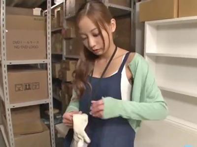 【エロ動画】店長に媚薬を仕込まれてバックヤードでレイプされるスレンダー娘の真野ゆりあ…オナニーしているのを見られてしまい正常位で何度もピストンされ中出しで汚されてしまう事に…