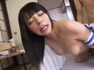 【エロ動画】美少女デリヘル嬢・上原亜衣がおじいちゃんチンポにたっぷりご奉仕!ねっちょりフェラで勃起させたら生挿入&がっつり中出し!