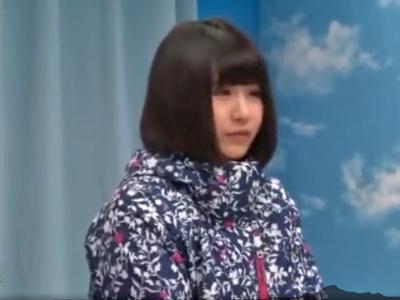 【エロ動画】素人JDがMM号で男友達とのオイルマッサージでガチ発情!素股からの挿入で喘ぎまくり、いやらしく腰を振る姿をこっそり盗撮
