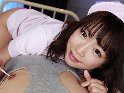 【エロ動画】「乳首病院舐められ科」の激カワ看護師・紗倉まなは可愛い白衣姿で乳首を体温計で弄り回して吸い付いちゃうw手コキやフェラ、素股で責めだしイカせちゃう!