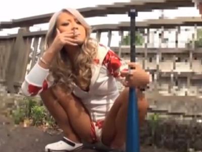 【エロ動画】普段なら絶対に近づきたくないヤンキーギャルをナンパ!すると見た目とは裏腹に可愛い声で喘ぐビッチだったので騎乗位・正常位で精子を中出し種付け!