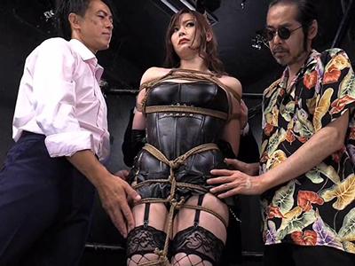 【エロ動画】ライバル店の巨乳女王様・葵百合香を緊縛して逆に調教するサディスティックな男たち…網タイツを破り捨て再起不能になるまでバック&正常位で激ピストン…