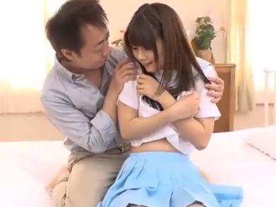 【エロ動画】JKコスプレのスレンダー美少女ちゃんと激しいセックス!可愛いマンコを手マン&クンニで丹念にほぐし騎乗位・正常位でザーメンを顔射ぶっかけしてあげました…!