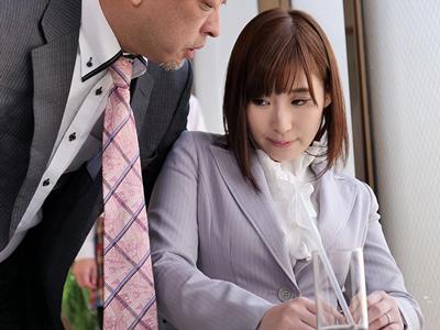 【エロ動画】快楽拷問研究所の罠!捕らえられた巨乳OL・松永さなは、拘束されたままチンポを挿入されて激しいピストン&中出しされる!