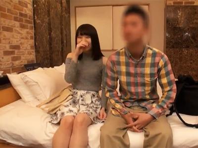 【エロ動画】「それヤバイって♡」謝礼に目がくらんだJDのセックスを盗撮!ヌレヌレマンコにチンポを挿入され、中出しされてうっとり…