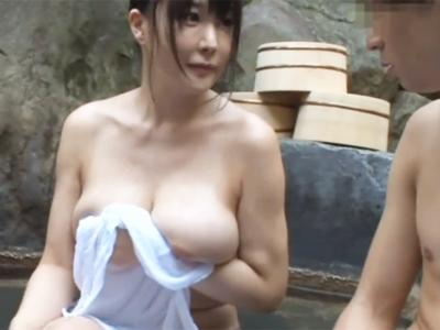 【エロ動画】そんなつもりはなかったのに混浴温泉で姉の爆乳を見てチンコが勃起!そしてフェラチオ・手コキで刺激され禁断の中出しを行う近親相姦セックスに…