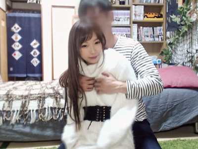 【エロ動画】ロリ顔貧乳の美少女JDが緊張しながらハメ撮りセックスを生配信!顔面騎乗位のクンニで感じまくり激しい正常位でピストンで疲労困憊のイキまくり状態…!