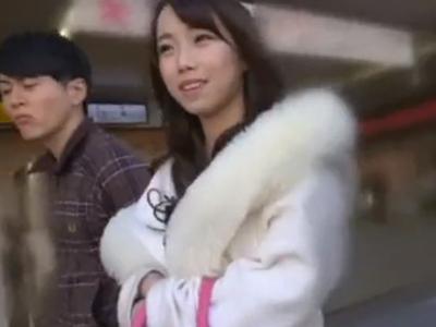 【エロ動画】熊谷でナンパした激カワ巨乳娘を即ホテルに連れ込み割れ目をバイブ&電マ責め!ラストはオッサンチンコをフェラチオさせて騎乗位と正常位で犯しまくる…!