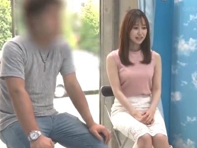 【エロ動画】「な、ナカはダメ!」MM号でマッサージを受けていた奥様は、同時にチンポを挿入されて…膣内は濃厚ザーメンでいっぱいに!