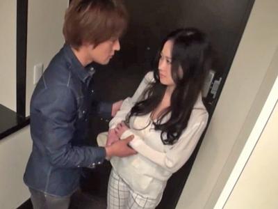 【エロ動画】ケンカのあとはやっぱりこれ!濃厚キスで発情したカップルは、巨乳が乳揺れしまくるセックスで仲直り♡