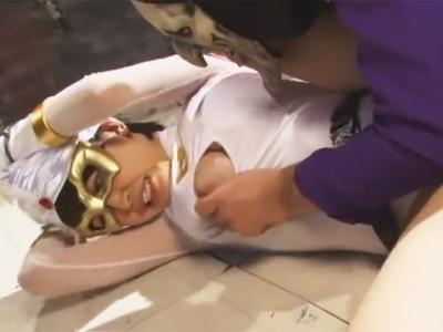 【エロ動画】捕らえた仮面少女を拘束したままイラマチオ!抵抗なんてガン無視しながら激しくピストン→がっつり中出しの神コンボ!
