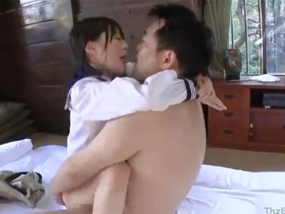 【エロ動画】おじさんチンポで感じてしまうロリJK・生田みく!激しい手マンで強制潮吹き→マン奥までピストンされたらこってり顔射