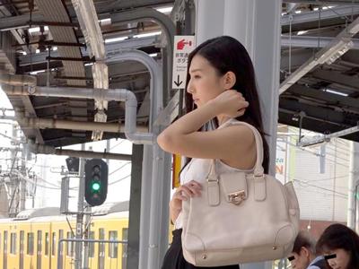 【エロ動画】痴漢に狙われた古川いおりは電車内で潮吹きさせられトイレでパコられて…連れ込まれた家では電マオナニーで乱れまくる!