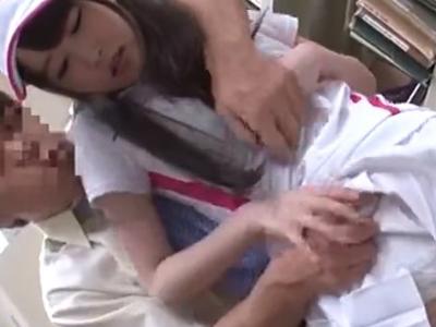 【エロ動画】図書館でテニス部の美少女JKを発見したので激手マン責めで痴漢!肉棒フェラチオで屈服させてからバックでJKマンコを犯しまくる鬼畜オヤジ…!