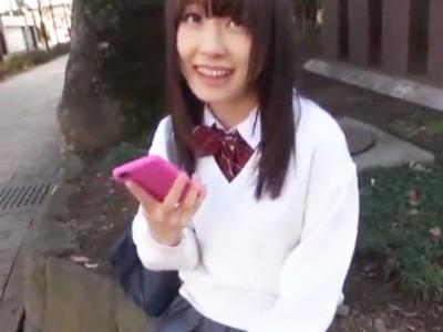 【エロ動画】援助交際ハメ撮りとか余裕な制服美少女のJKちゃん…いつも通りに騎乗位・正常位で可愛いマンコをピストンされていたら中出しを受けてガチ焦り…