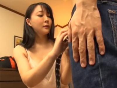 【エロ動画】巨乳デリヘル嬢が童貞くんをオイル擦股&手コキ!途中で興奮した童貞が暴走してしまい騎乗位・正常位でザーメンを中出しされる本気セックスに…!