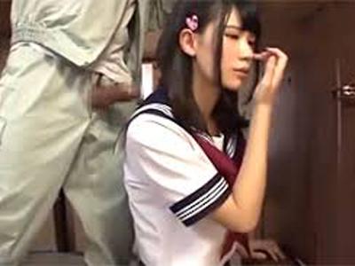 【エロ動画】家族のいない自宅で業者の媚薬を塗りたくったチンコをイマラチオさせられる美少女JK…抵抗する事もできずマンコにぶち込まれて中出しを受ける地獄のレイプに…