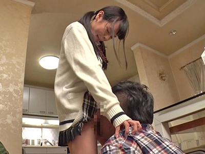 【エロ動画】親が居ない日は貧乳ロリなJK妹・矢澤美々とセックスしまくる兄貴…可愛いパイパンマンコにチンコを挿入して騎乗位・正常位で妊娠覚悟の中出し射精…