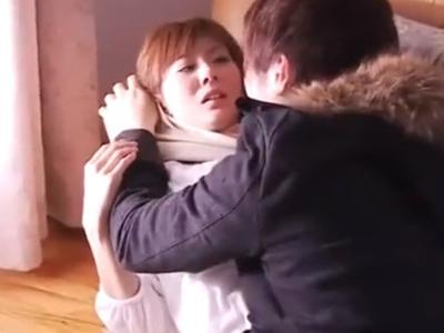 【エロ動画】好青年を装った鬼畜男にレイプされてしまった巨乳妻は、無理やりパイズリさせられ他人棒で顔射される!