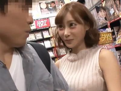 【エロ動画】DVDを買ったらまさか本人が!?明日花キララにご奉仕されて快感に包まれながら射精するサプライズファック!