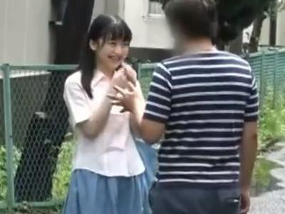 【エロ動画】素股だけじゃ済まされない!ちっぱいロリ娘を騙してナンパし、中出しまでしてしまう鬼畜セックス!